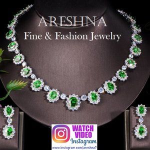 Emerald Swarovski Crystals Luxury Jewelry Set